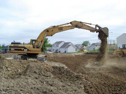 hydrolic-excavator-415x311